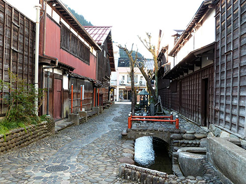 Gujo-Hachiman1
